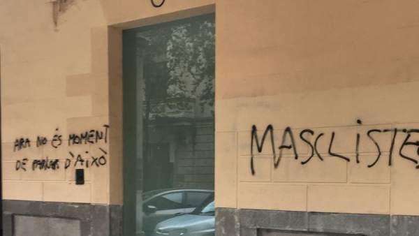 Pintadas en la sede del PP de Palma