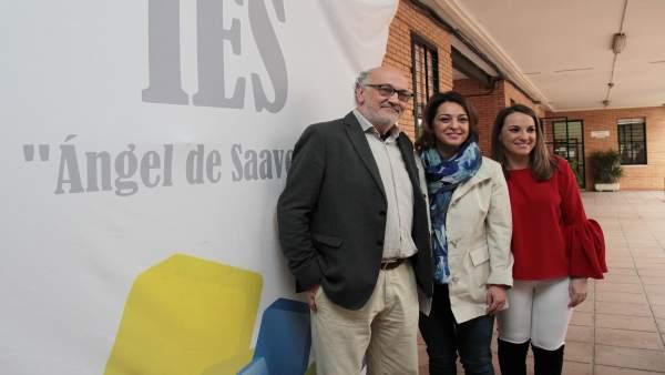 Isabel Ambrosio y Esther Ruiz en el IES Ángel de Saavedra