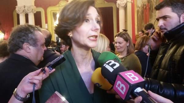 Isabel María Oliver