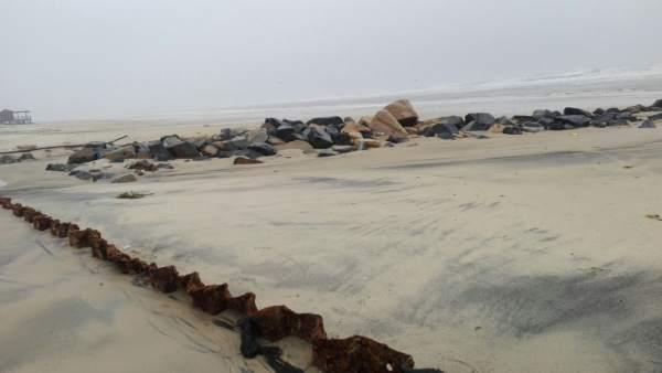 Playa de Matalascañas tras el temporal.