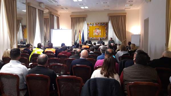 Reunión en Subdelegación sobre espectáculos pirotécnicos