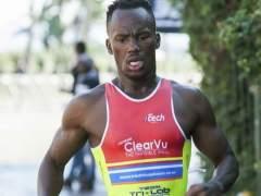 El triatleta sudráficano Mhlengi Gwala, asaltado.