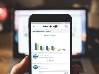La batalla de los bancos se traslada al móvil: crean apps que son como oficinas abiertas durante 24 horas todo el año