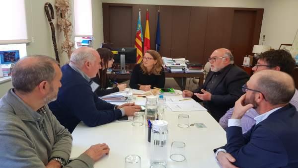 Cebrían en la reunión con el Consejo Regulador de la DO Protegido Utiel-Requena
