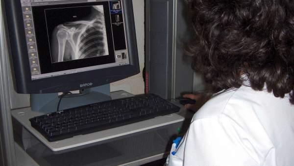 La Junta compra nuevos ecógrafos para centros de salud.