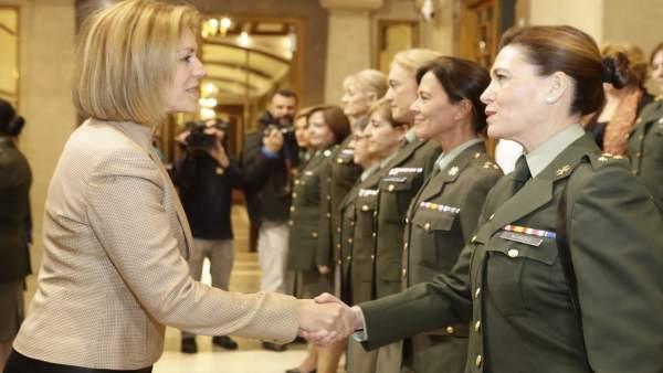 Cospedal preside el 30 aniversario de las mujeres en el Ejército