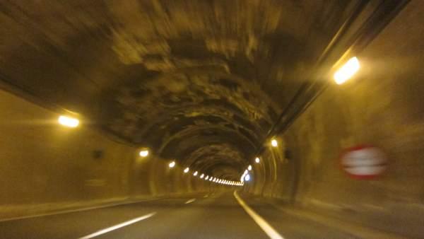 Túnel Del Huerna