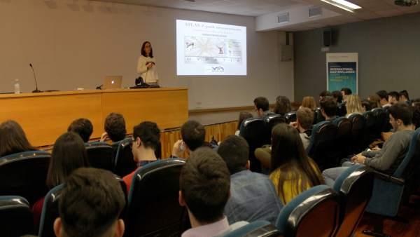 Estudiantes andaluces, en una jornada en colaboración con el CERN