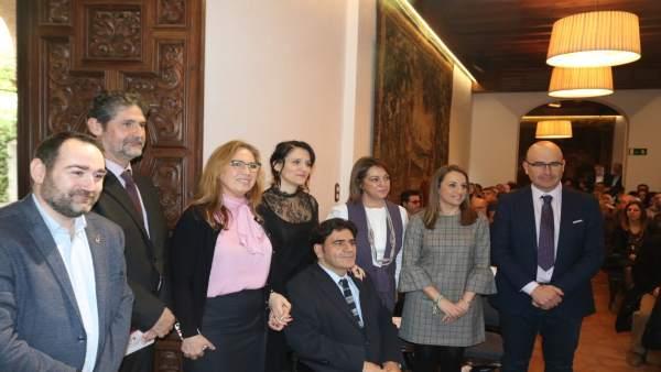 Autoridades asistentes a la presentación de Fepamic