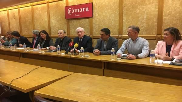 Reunión en la Cámara de Comercio de Burgos.