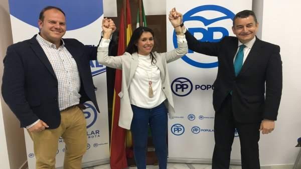 De izquierda a derecha, Óscar Curtido, Auxiliadora Izquierdo y Antonio Sanz