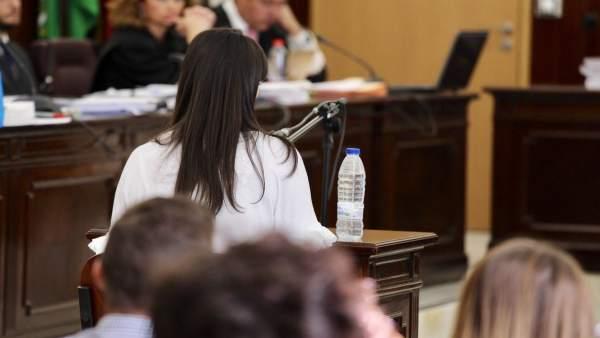 Marianela Olmedo, mujer y madre de los fallecidos en el crimen de Almonte.