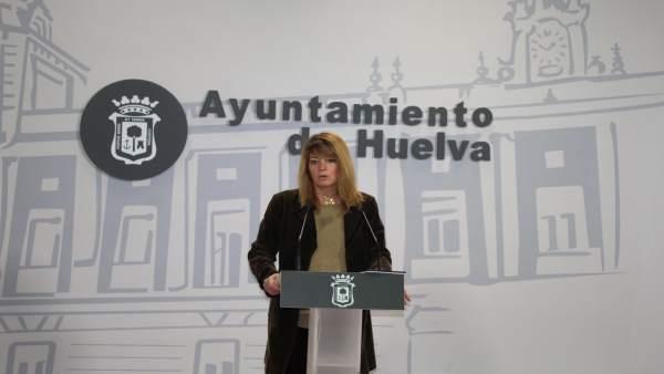 La portavoz del PP en el Ayuntamiento de Huelva, Pilar Miranda