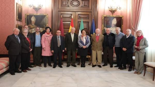 Acuerdo entre Ayuntamiento de Sevilla y Sociedad Filatélica Sevillana