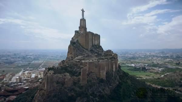 Huermur muestra el estado actual del Castillo de Monteagudo con un vídeo aéreo