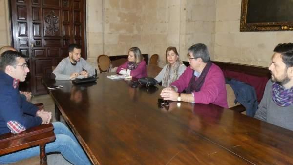 Reunión de IU con el comité de empresa de la Gerencia de Urbanismo de Sevilla