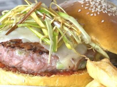 Un restaurante valenciano crea la hamburguesa fallera