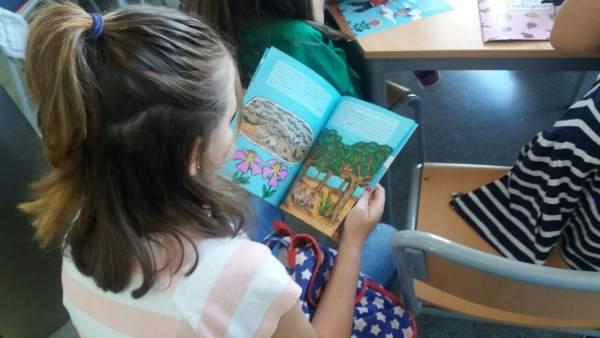 Una publicación infantil busca concienciar en la conservación de la jara
