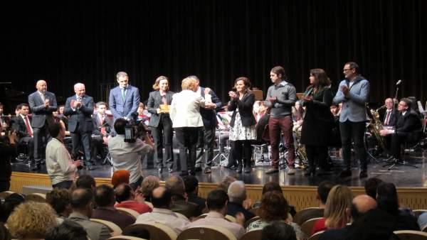 Acto Homenaje En El Ayuntamiento