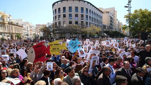 En Almería, Concentración En Puerta Purchena Convocada Por Los Padres De Gabriel