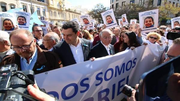 Concentración en Almería convocada por los padres de Gabriel Cruz