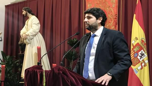 López Miras, durante la lectura del pregón en Yecla