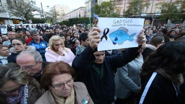 Concentración en Almería tras la muerte de Gabriel Cruz