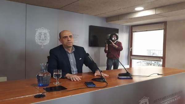 Echávarri deixarà l'Alcaldia d'Alacant només si aconsegueix que Eva Montesinos siga investida alcaldessa