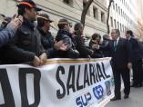 Zoido, junto a a los sindicatos policiales y asociaciones de guardias civiles