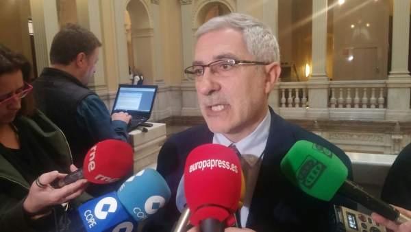 El portavoz de IU en la Junta General de Asturias, Gaspar Llamazares