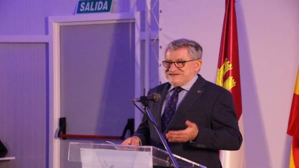 El consejero de Educación, Ángel Felpeto