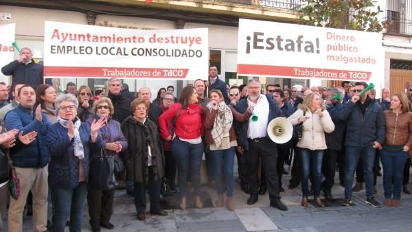 Concentración de trabajadores de Tanatorios de Córdoba