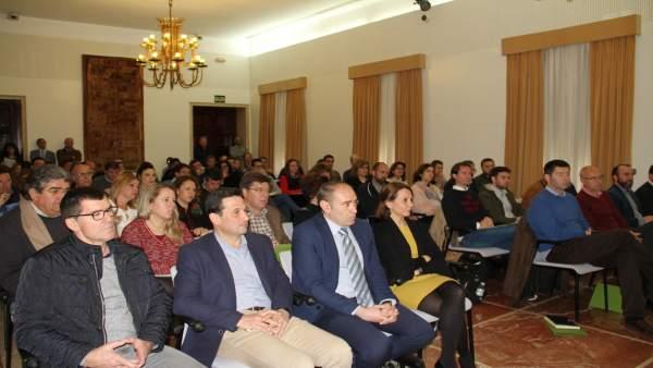Nota De Prensa Y Fotos De La Jornada Sobre Nueva Ley De Contratos Del Sector Púb