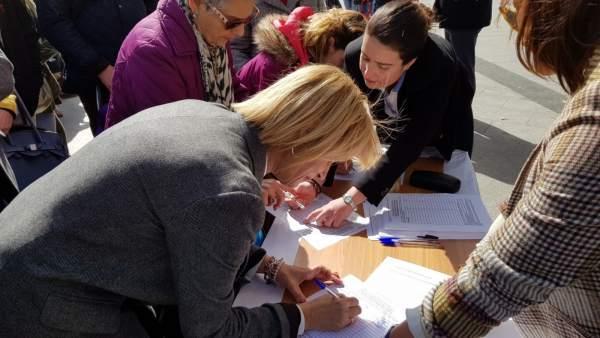 La diputada María José García-Pelayo firma una petición pro prisión permanente