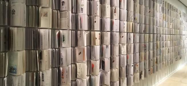 Numerosos cuadernos de bocetos del diseñador Manuel Estrada