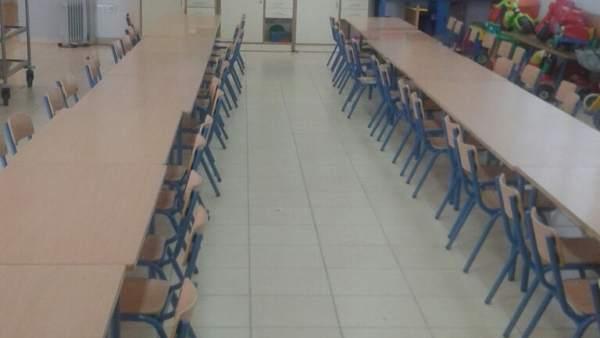 Sala del Colegio La Aduana donde se presta temporalmente el servicio de comedor