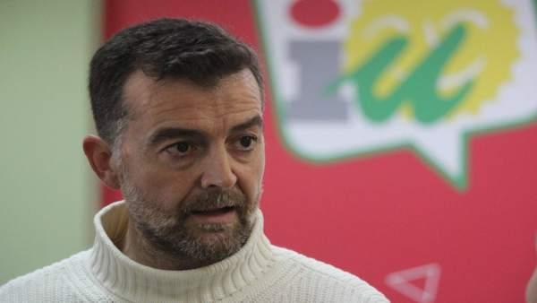 Antonio Maíllo, este martes en la sede de IULV-CA