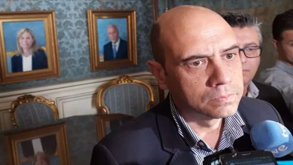Fiscalia demana processar a l'alcalde d'Alacant per l'acomiadament de la cunyada del portaveu municipal del PP