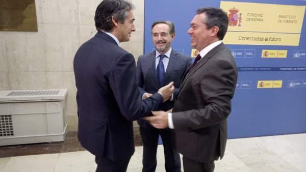 Iñigo de la Serna, con Felipe López y Juan Espadas sobre el metro de Sevilla