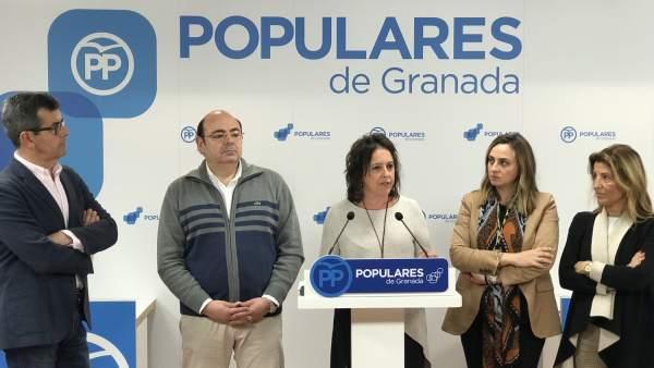Rueda de prensa en la sede del PP de Granada