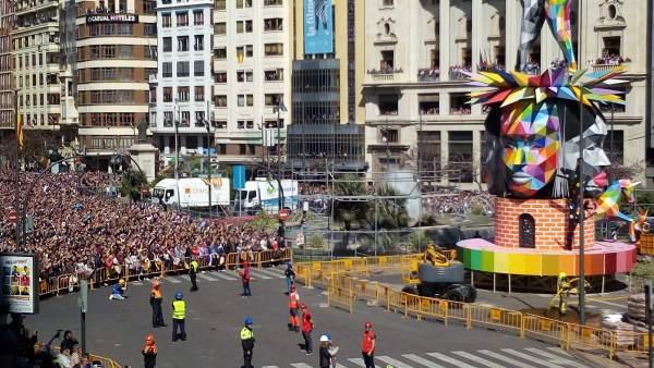 La plaza se ha vuelto a llenar a dos días de la 'plantà' de las Fallas 2018
