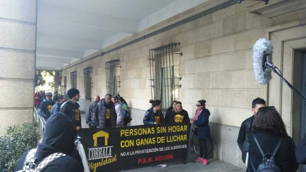 Concentración de apoyo a los detenidos por el desalojo