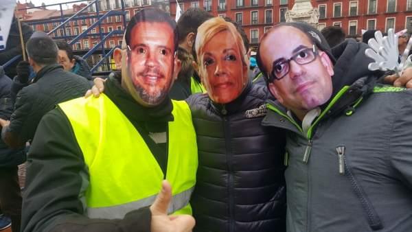 Protesta de los policías municipales en la Plaza Mayor. 13-3-2018