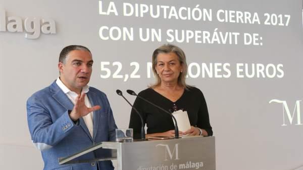 ELías Bendodo presidente de la Diputación con Kika Caracuel superávit 2017