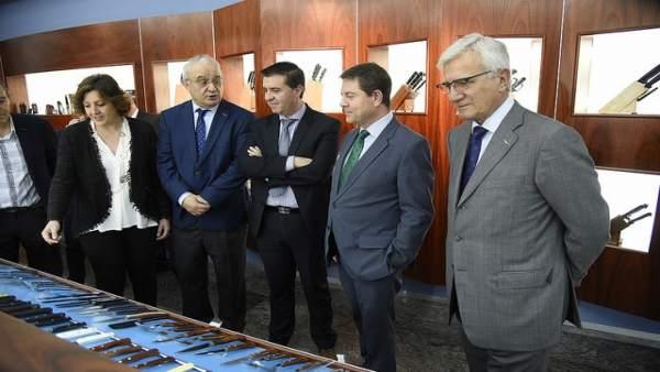 Visita de García-Page y Franco a la cuchillera Arcos