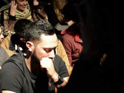 El rapero mallorquín, Valtònyc, ante los medios de comunicación.