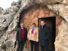 Luis María Beamonte (PP) visita Molinos y Cantavieja (Teruel)