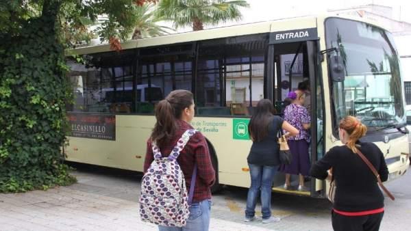Imagen de uno de los autobuses del Consorcio de Transportes
