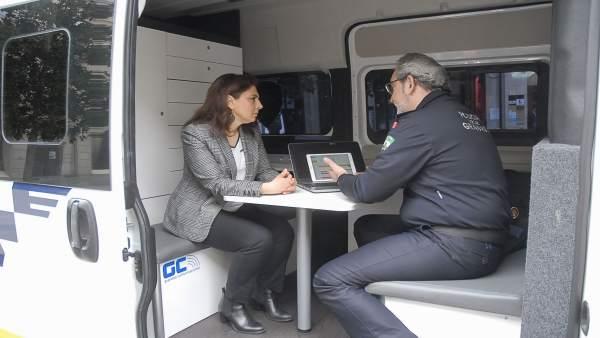 Presentación del nuevo sistema de comunicación de la Policía Local de Granada
