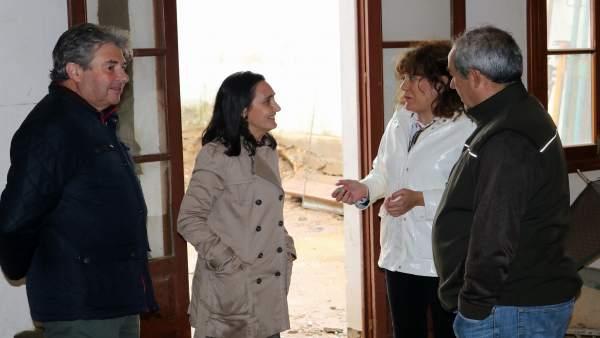 La subdelegada del Gobierno en Huelva visita obras del Profea.